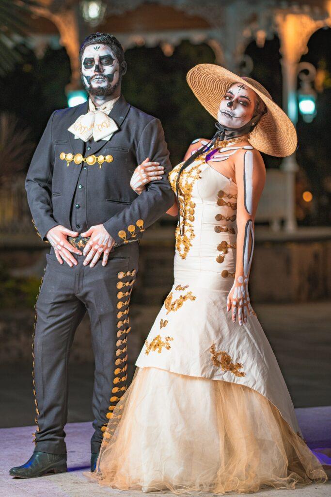 dia de los muertos bride and groom
